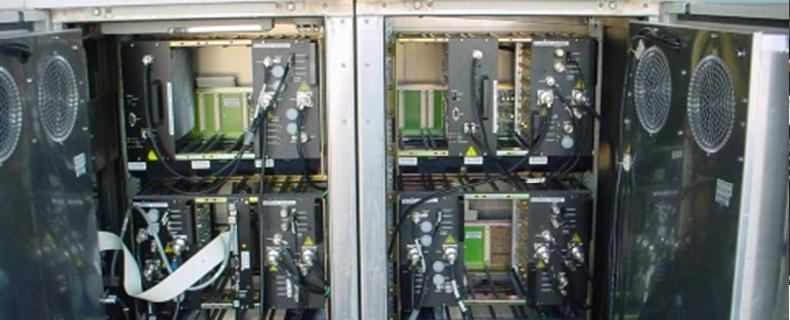 Armoire de télécommunication MATERIEL ELECTRONIQUE ET ELECTRIQUE