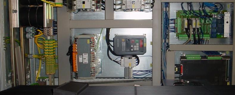DSC00552 790x320 MATERIEL ELECTRONIQUE ET ELECTRIQUE