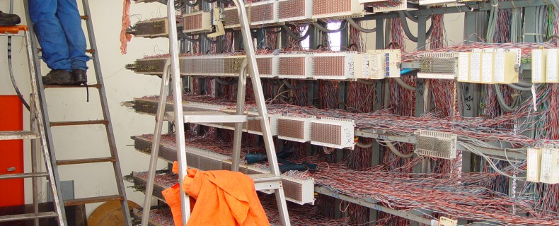 DSC01036 790x320 MATERIEL ELECTRONIQUE ET ELECTRIQUE