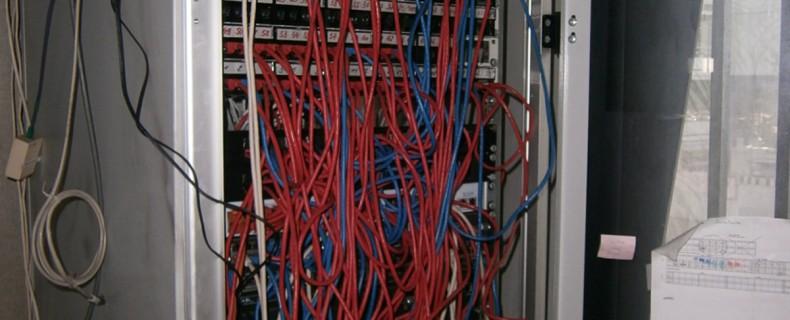 P72500021 790x320 MATERIEL ELECTRONIQUE ET ELECTRIQUE