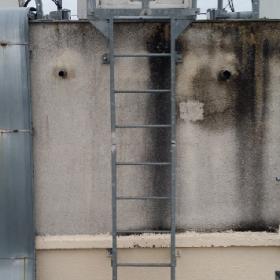nettoyage terrasse technique mur mousse détritus 280x280 Décontamination Bâtiment / Agencement